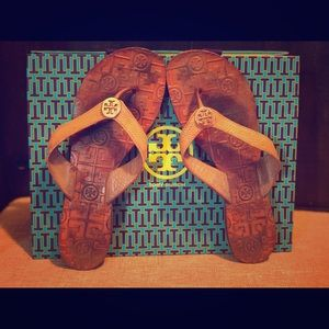 Tory Burch Thora Sandals- Tan Tumbled Leather